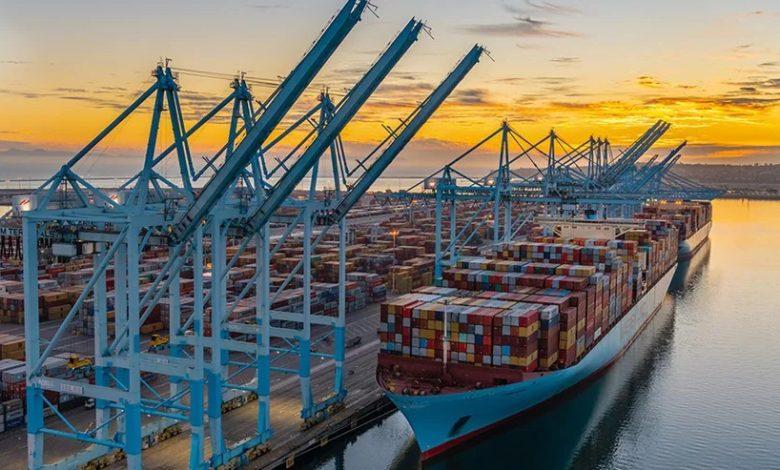 Maersk investe em startup nos EUA para desenvolver e-combustíveis neutros