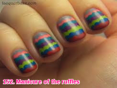 Manicure of the ruffles