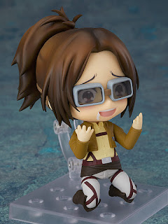 "Hange Zoë de ""Attack on Titan"" llega en tamaño Nendoroid."