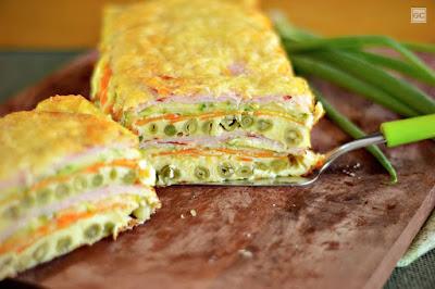 Omelete de forno em camadas