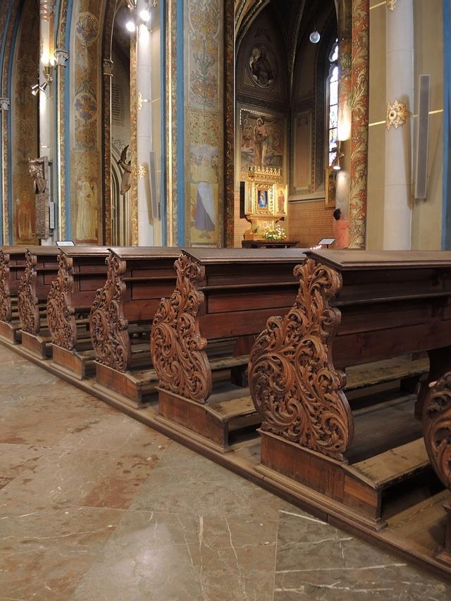 Praag: de Sint Petrus en Pauluskerk en het kerkhof er naast
