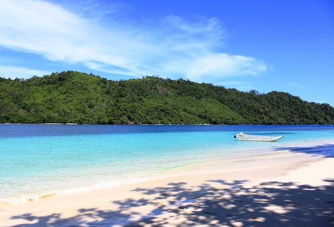 Liburan Menyenangkan di Pantai Pasir Putih Lampung