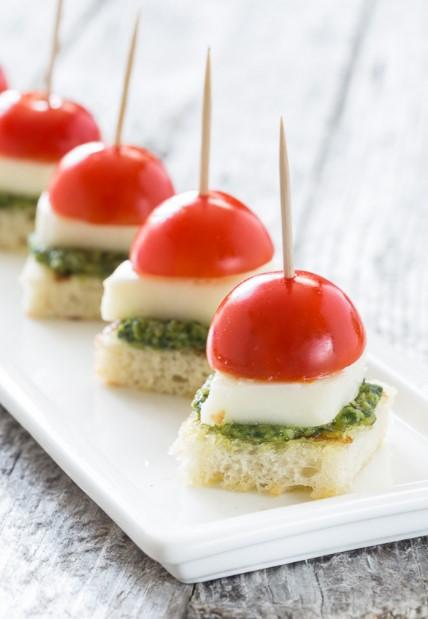 Caprese With Pesto Bites