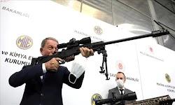 Ο Τούρκος Υπουργός Άμυνας Χουλουσί Ακάρ σε συνέντευξή του στο Al Jazeera, για μια ακόμη φορά παρουσίασε τη δική του πραγματικότητα όσον αφορ...