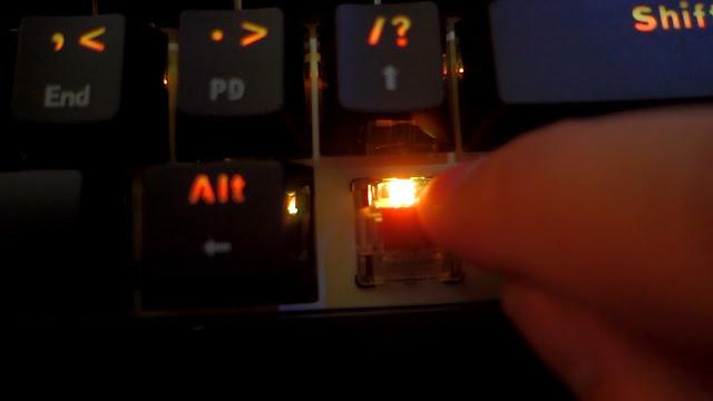 gk61 hotswappable optical keyboard