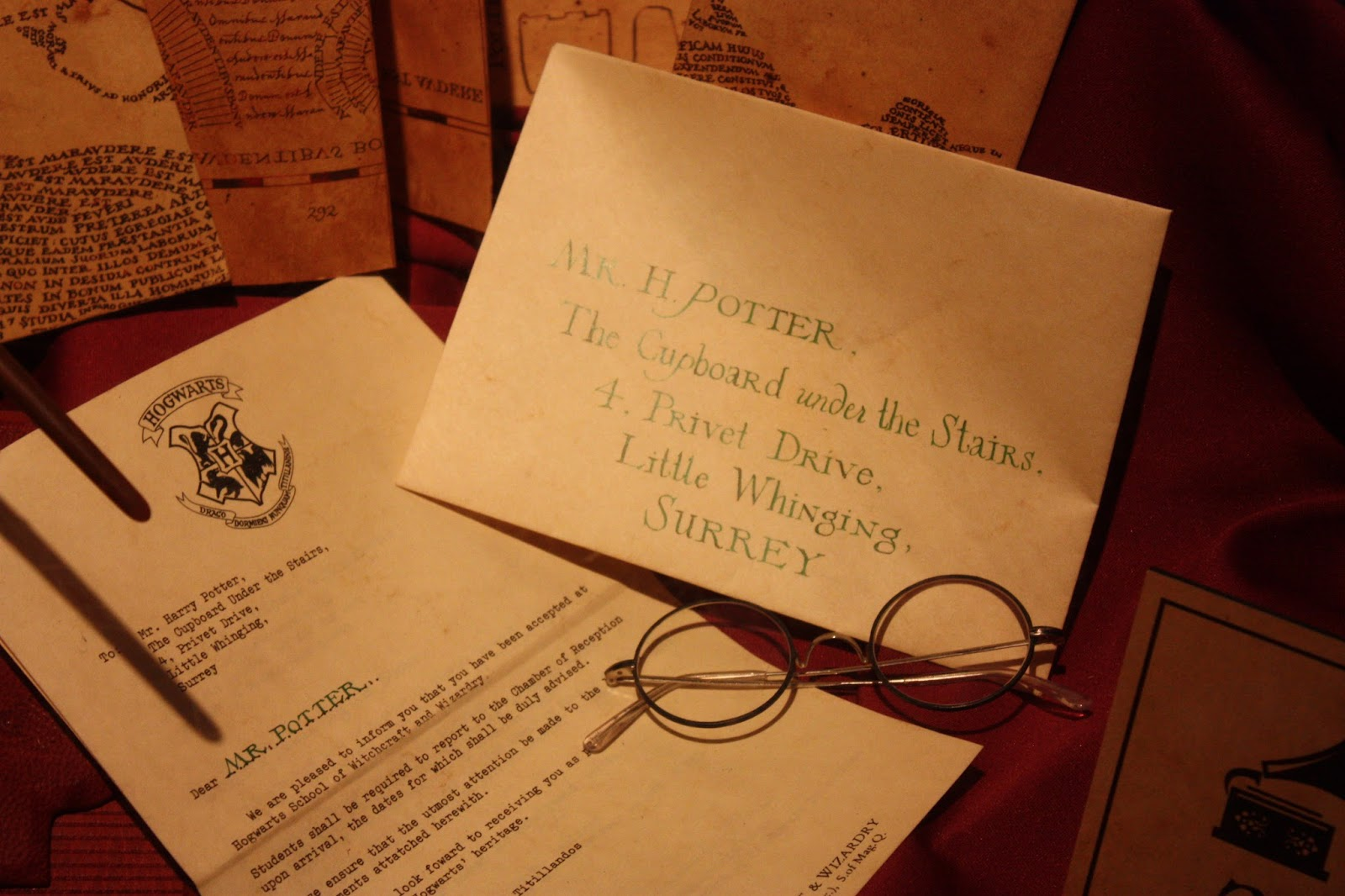 lettre et lunette d'Harry exposition Harry Potter