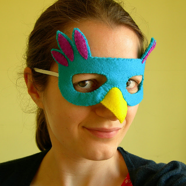 Subscriber Exclusive: Make a Felt Bird Mask