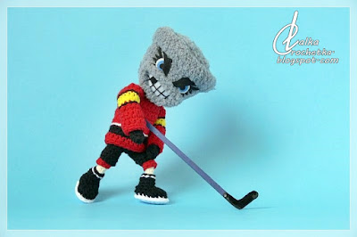 http://lalkacrochetka.blogspot.com/2019/07/twister-hockey-team-mascot-twister.html