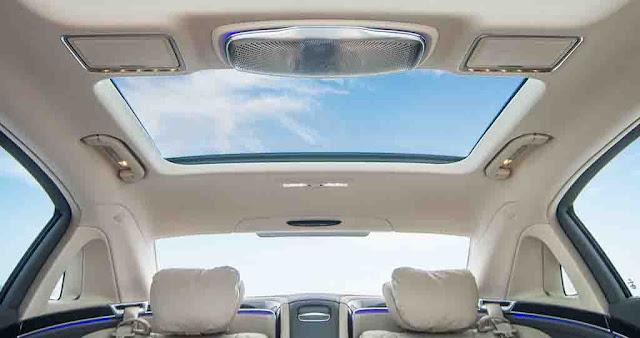 Mercedes Maybach S600 2017 trang bị cửa sổ trời siêu rộng Panoramic có thể đổi màu kính