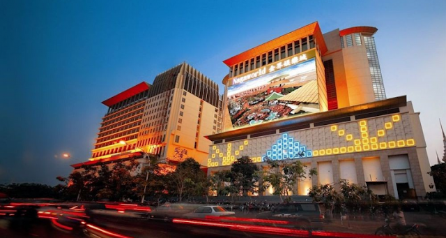 Nagaworld casino at night