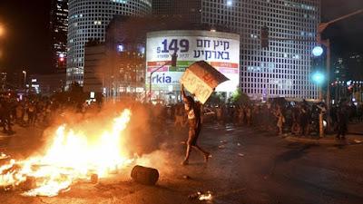 وزير إسرائيلي يزعم: تدخلات خارجية وراء احتجاجات يهود الفلاشا