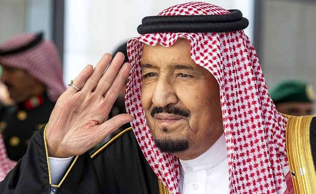 King Salman orders Extension of Visas Free of Charge until August 31