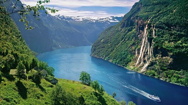 offerte-tour-fiordi-norvegesi-poracci-in-viaggio