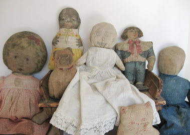 COLLECTIONS: Primitive & Cloth Dolls