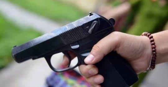 Cảnh sát dùng súng bắn người dân do mẫu thuẫn, lãnh đạo nói chỉ là chuyện nội bộ