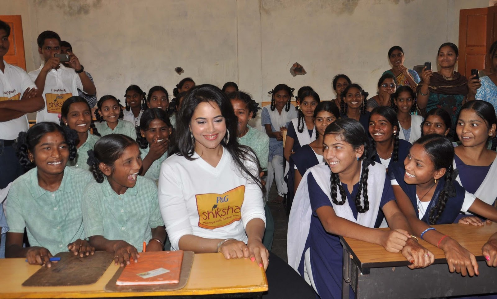Sameera reddy at p and g shiksha diwas