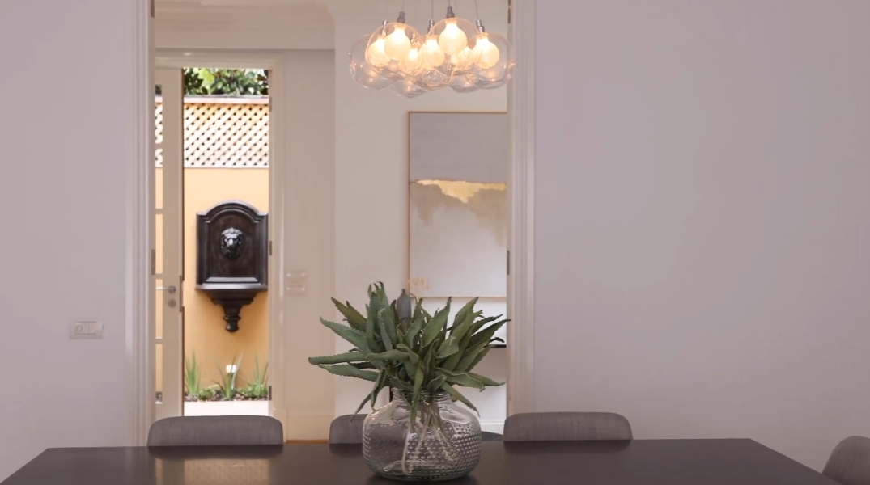 20 Interior Design Photos vs. 38D Head St, Brighton, Vic Home Tour