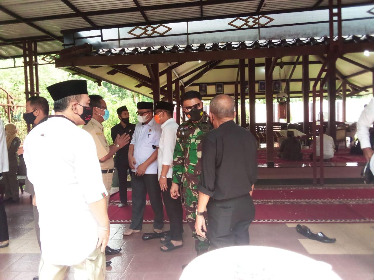 Forkopimda Purbalingga Melaksanakan Takziah Meninggalnya Ayah dari Ketua DPRD Purbalingga