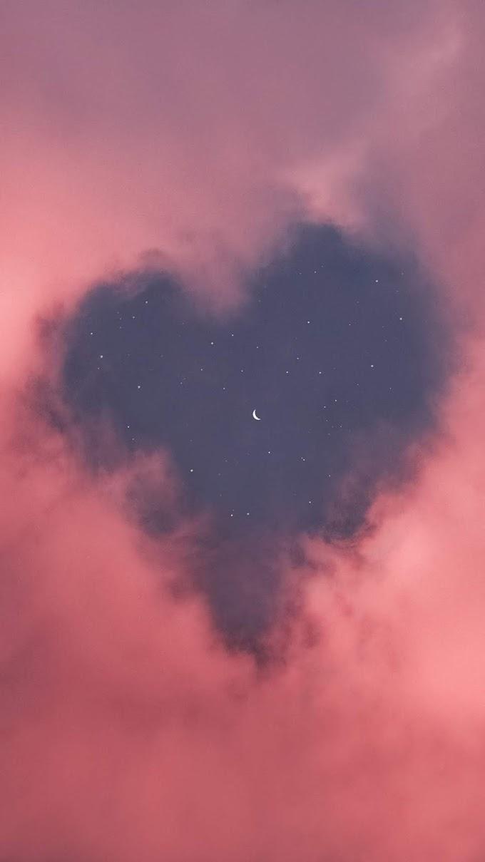Papel de Parede Coração de Nuvens