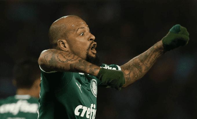 Felipe Melo desabafa após expulsão em Porto Alegre
