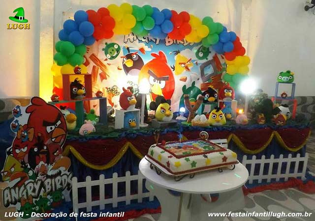 Decoração festa de aniversário infantil - Mesa tradicional luxo de tecido(pano) Angry Birds