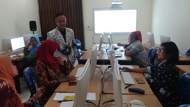 SLCC PGRI Jateng Terus Pacu Kompetensi Profesional Guru