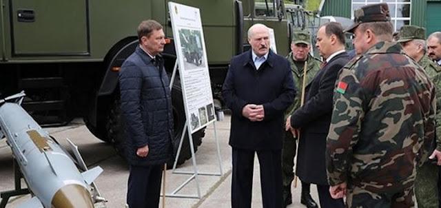 Лукашенко собирает ракеты против России