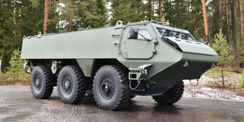 Латвія замовила понад 200 бронетранспортерів Patria 6x6