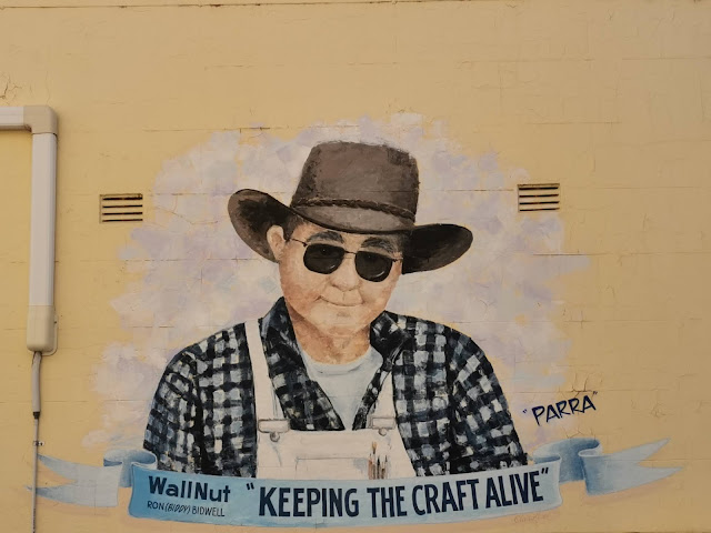 Portland Street Art by Ron Bidwell