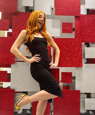 Noemi vestito nero Dolce e Gabbana tacchi alti i soliti ignoti 5 maggio