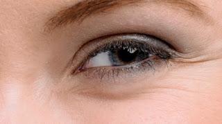 Η απόλυτη μάσκα για τις ρυτίδες γύρω από τα μάτια!