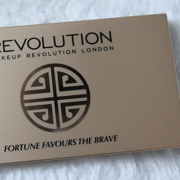 [Review] Revolution - Lidschattenpalette Fortune Favours the Brave
