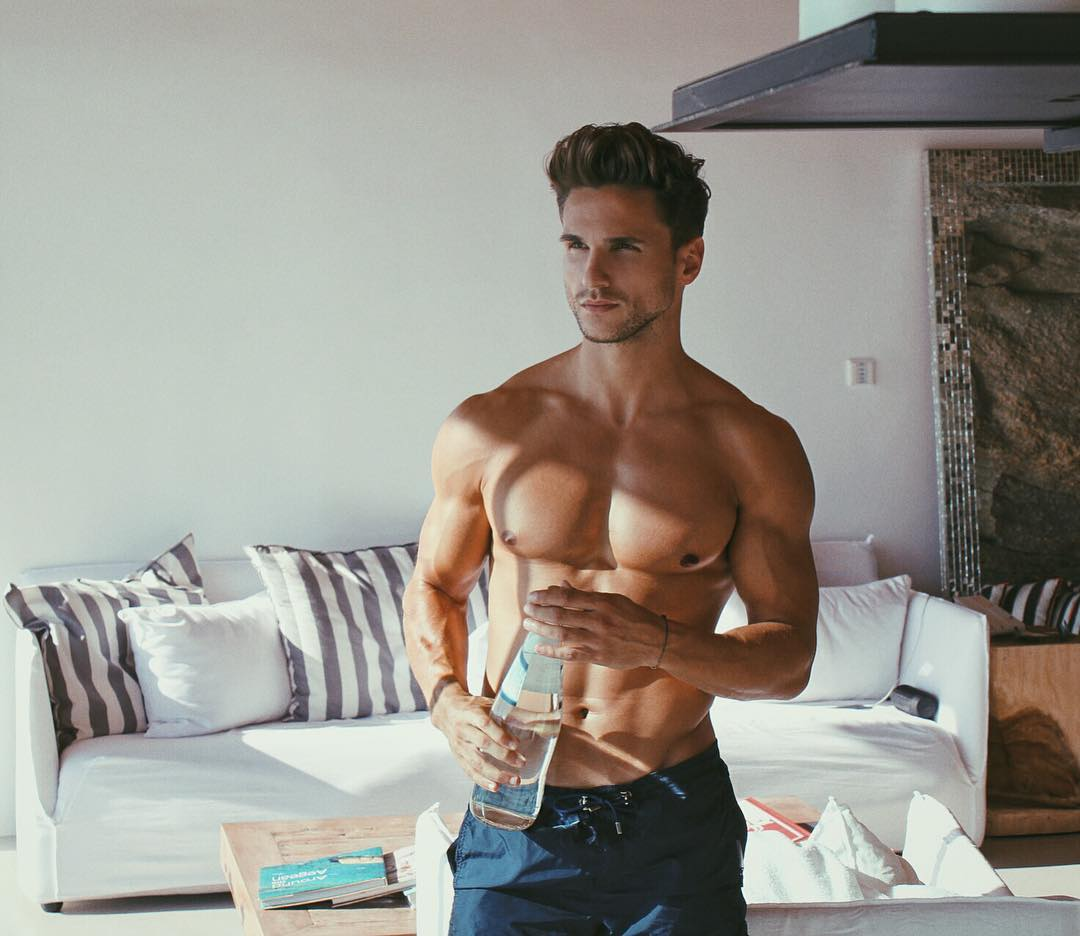 fit-shirtless-male-model-drinking-water-healthy-lifestyle