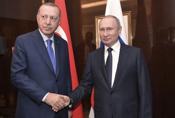 Ερντογάν σε Πούτιν: Το καθεστώς Άσαντ υπεύθυνο για τους πρόσφυγες στα σύνορα