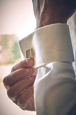 Groom, getting ready, Bräutigam, Gutshofhochzeit, Landhochzeit, estate wedding, Gut Dalwitz, heiraten in Deutschland, Wedding Styled Shooting, Hochzeitsfotograf Marc Gilsdorf, Hochzeitsplanung Uschi Glas, 4 weddings & events