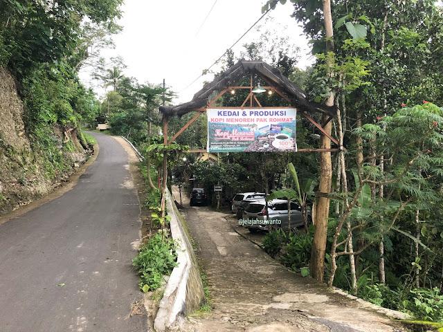 Kedai & Produksi Kopi Menoreh Pak Rohmat |© JelajahSuwanto
