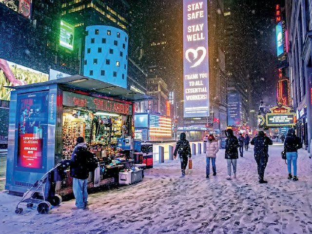 10-year snowstorm in US - snowfall in 20 US states; Emergency due to storm in New York, New Jersey