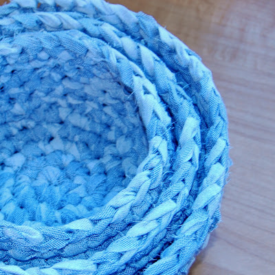 Free Crochet Patterns - Fabric Nesting Baskets