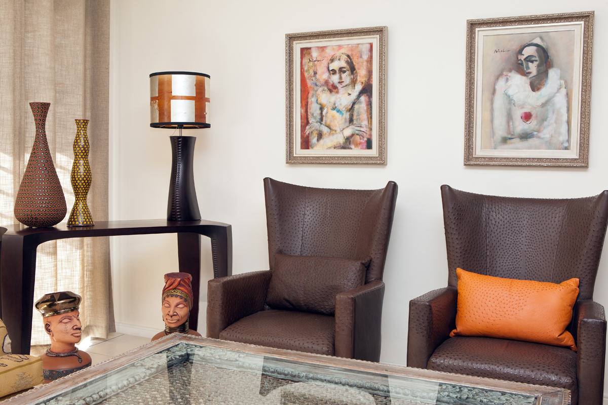 Living Room Ostrich Skin Wingback Chairs