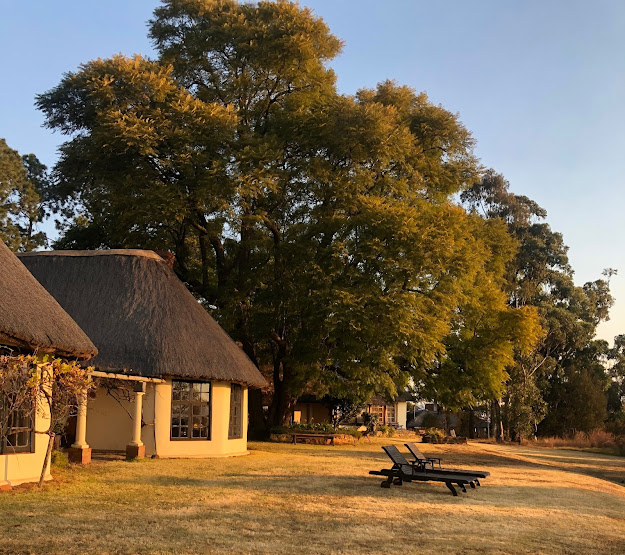 Affordable Drakensberg accommodation, Drakensberg hotel, Antbear Lodge, the Drakensberg