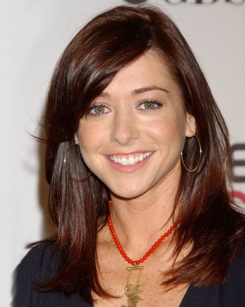 Alyson Hannigan New HairstylesAlyson Hannigan