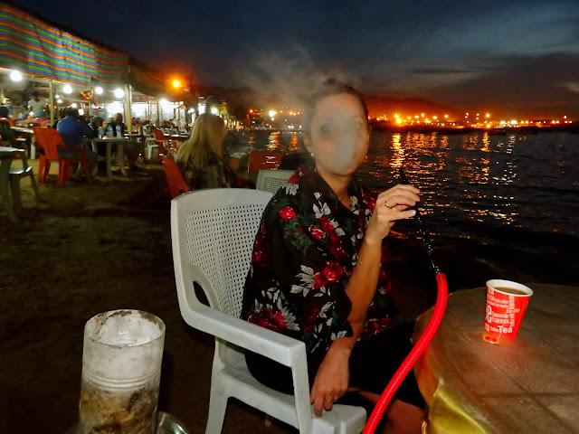 viajar jordania mujer