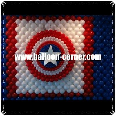 Dekorasi Dengan Grid Balon Dinding