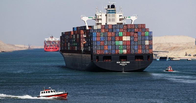 คลองสุเอซ (Suez Canal: قناة السويس)