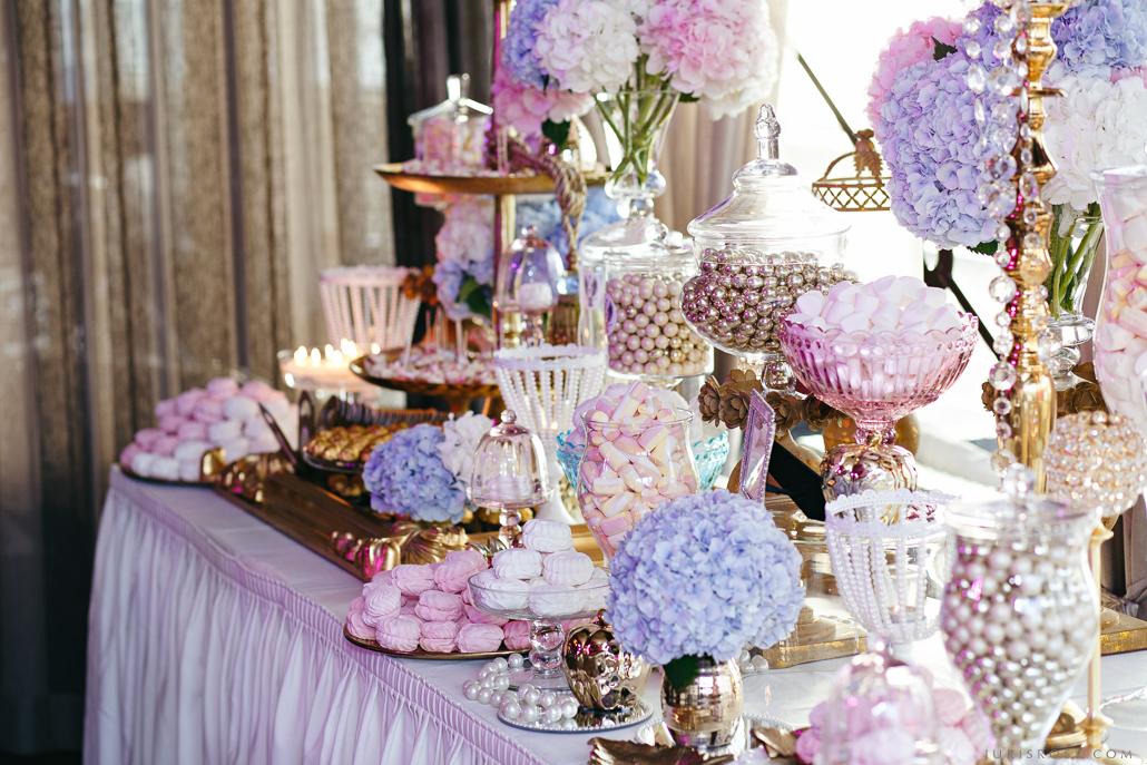 saldumi kāzās сладости