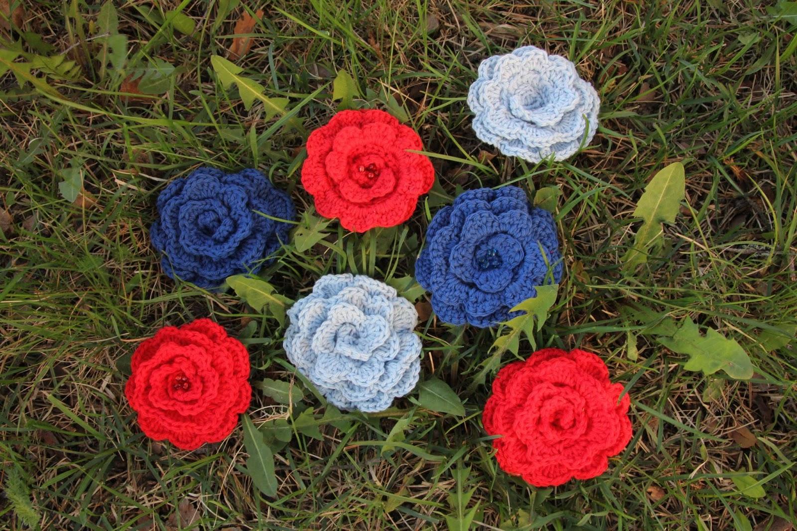 Sinisiä Punaisia Ruusunkukkia