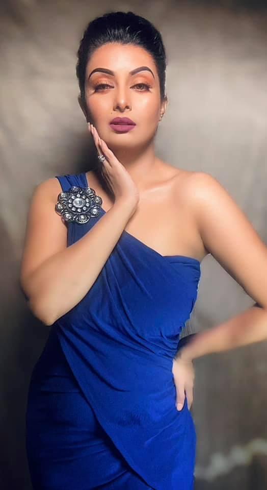 বাংলাদেশী অভিনেত্রী আয়েশা সালমা মুক্তির কিছু ছবি 30