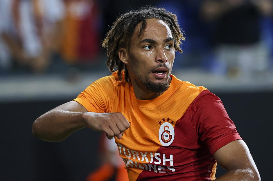 Sacha Boey: Celtic'ten de teklif almıştım ama Galatasaray'ı seçtim!