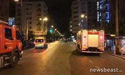 «Καταδρομική» επίθεση με μολότοφ στο Α.Τ. Ομονοίας, φωτιές και κλειστοί δρόμοι (βιντεο)