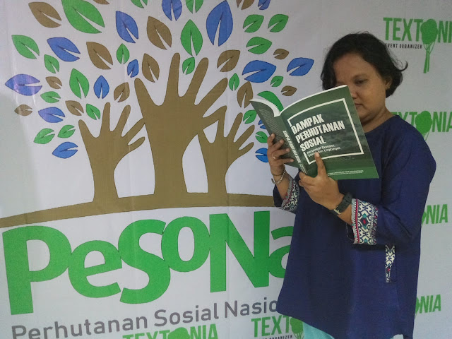 Peluncuran buku dampak perhutanan sosial